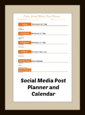 Daily Social Media Post Planner Calendar Printable | connectinglocalbusiness.com